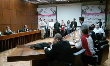 Los siete finalistas, dispuestos para el pitch ante los productores.